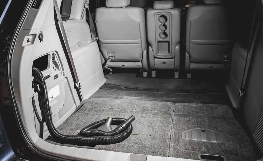 2014 Honda Odyssey HondaVAC - Slide 1