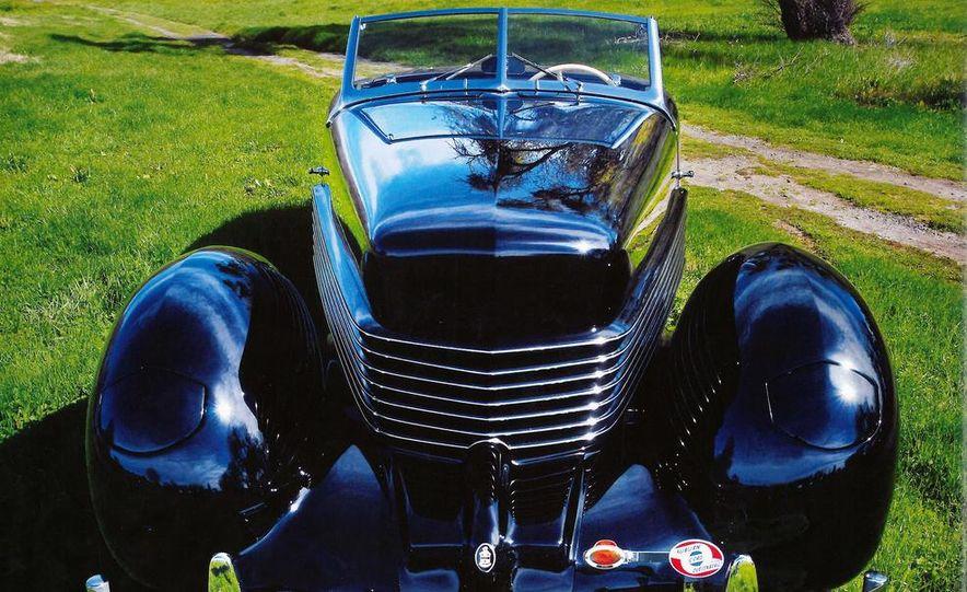 1936 810 Cabriolet - Slide 1