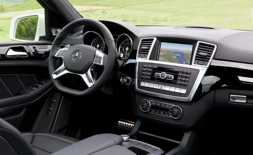 2014 Mercedes-Benz GL63 AMG - Slide 9