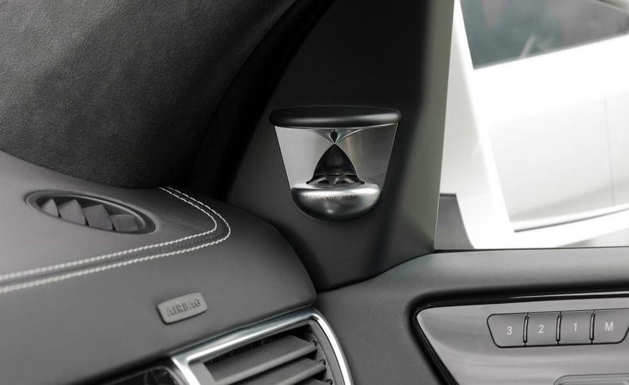 2014 Mercedes-Benz GL63 AMG - Slide 11