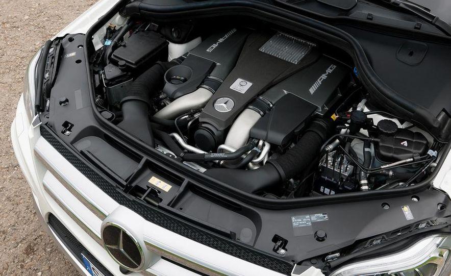 2014 Mercedes-Benz GL63 AMG - Slide 14