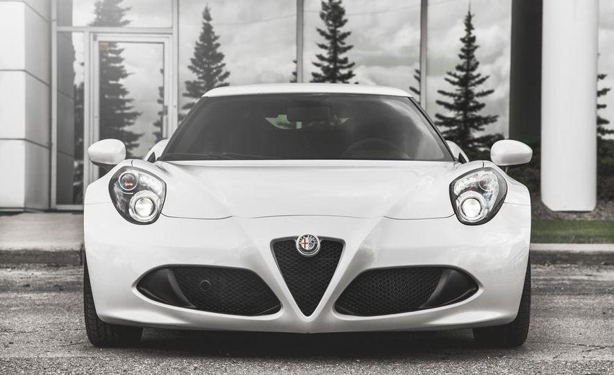 2015 Alfa Romeo 4C - Slide 9