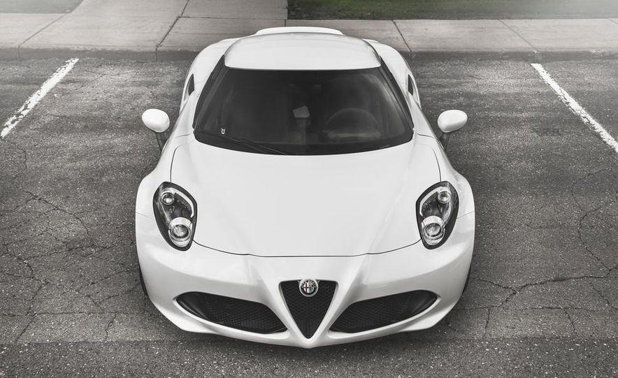 2015 Alfa Romeo 4C - Slide 10