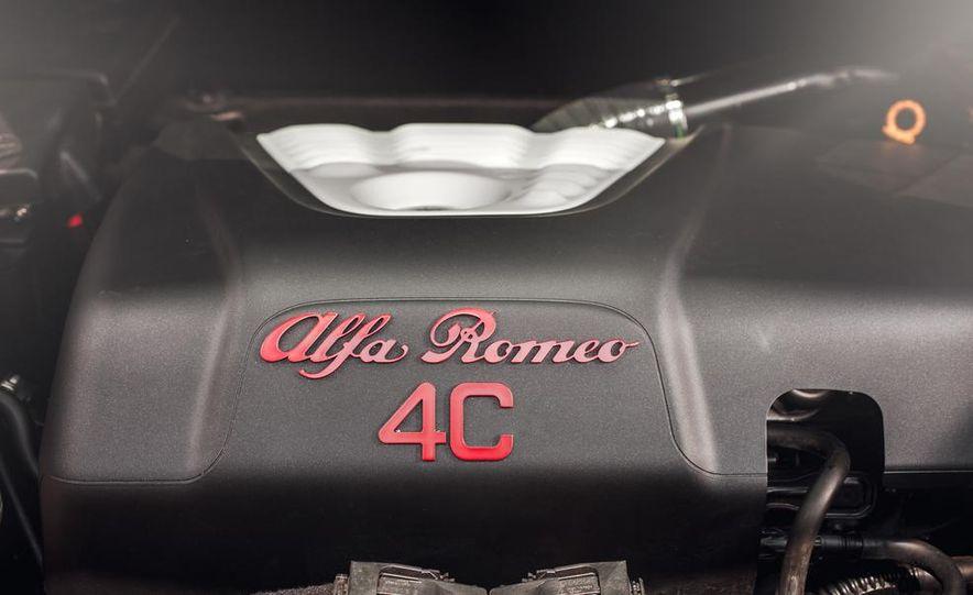 2015 Alfa Romeo 4C - Slide 41
