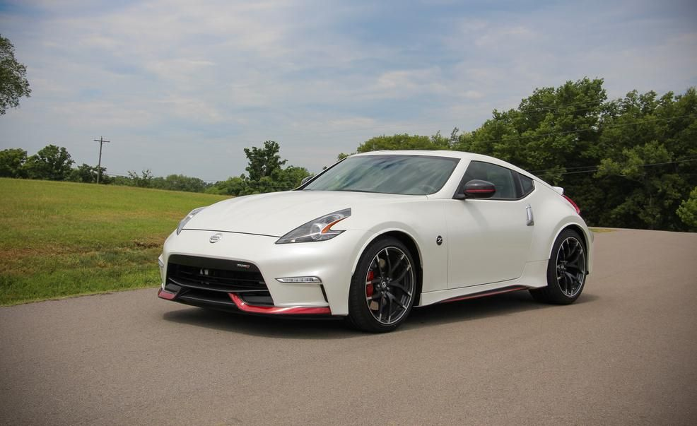 Beautiful 2015 Nissan 370Z NISMO Automatic