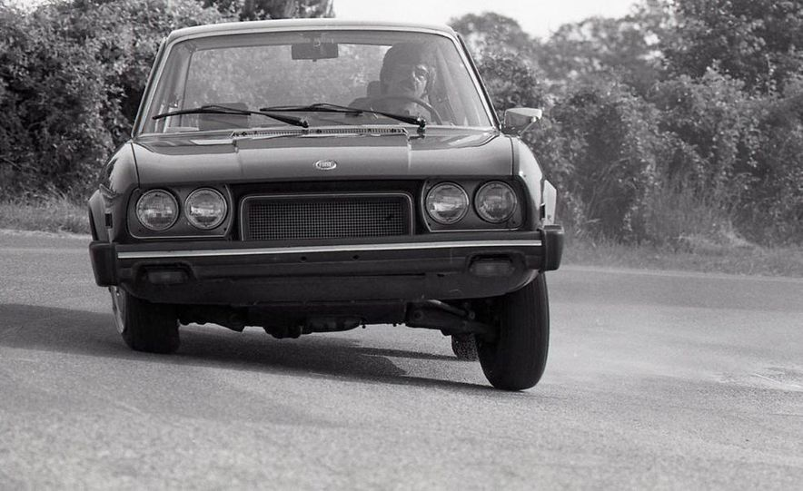 Fiat 124 Sport Coupe - Slide 4