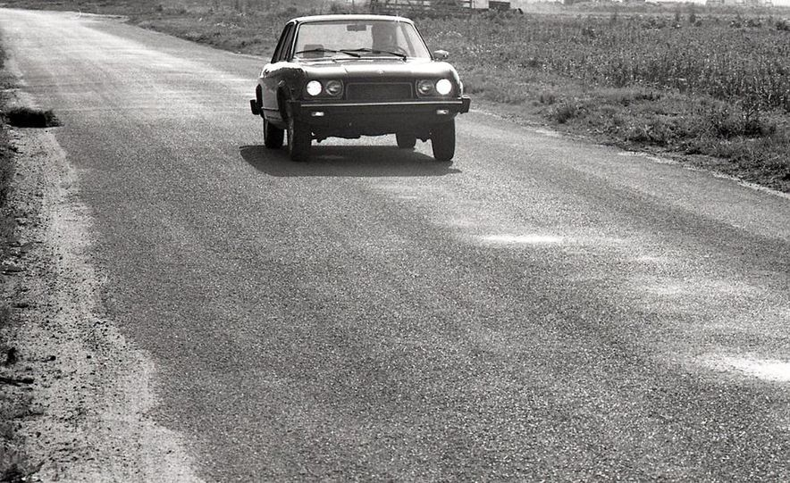 Fiat 124 Sport Coupe - Slide 12