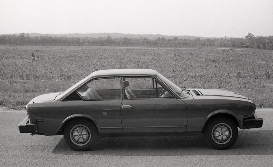 Fiat 124 Sport Coupe - Slide 17