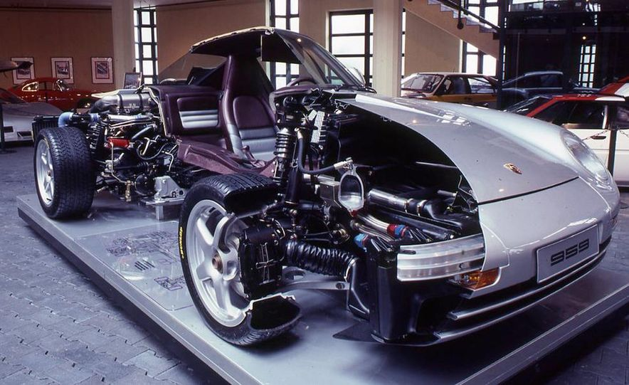 Porsche 959 - Slide 8