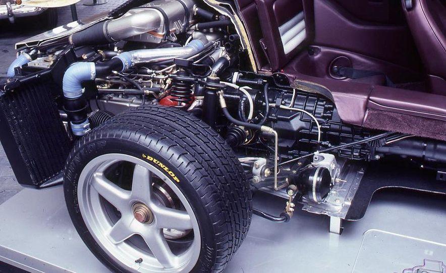 Porsche 959 - Slide 10