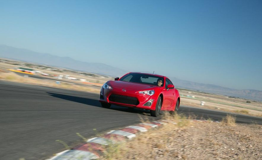 2014 Scion FR-S - Slide 1