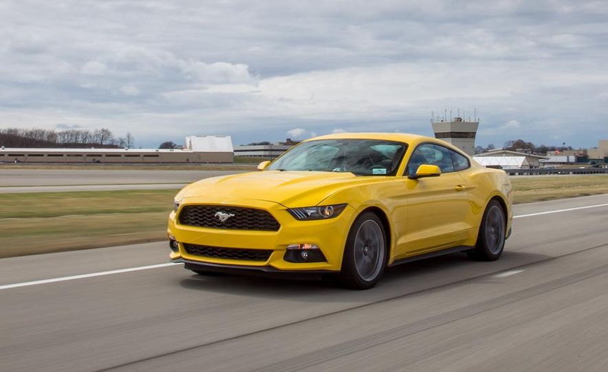2015 Ford Mustang 2.3L EcoBoost - Slide 4
