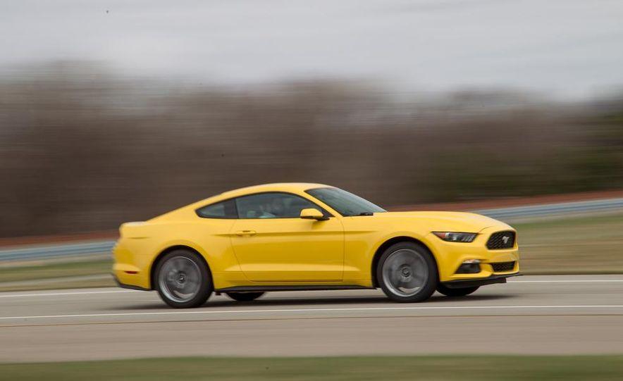 2015 Ford Mustang 2.3L EcoBoost - Slide 8