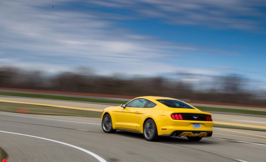 2015 Ford Mustang 2.3L EcoBoost - Slide 11