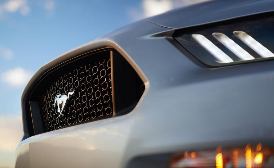 2015 Ford Mustang 2.3L EcoBoost - Slide 46