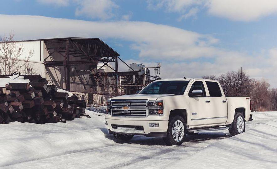 2014 Chevrolet Silverado 1500 High Country - Slide 5