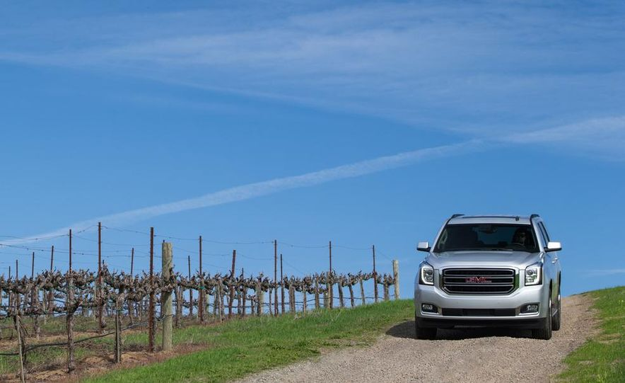 2014 Chevrolet Silverado 1500 High Country - Slide 16