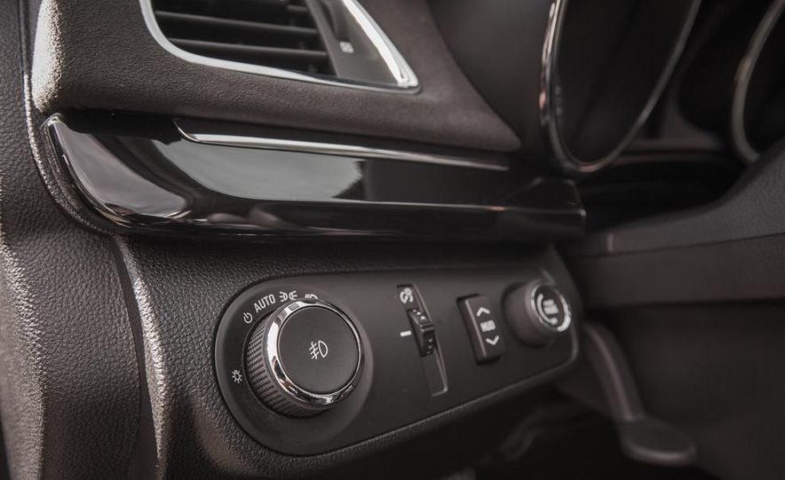2014 Chevrolet SS model shown - Slide 36