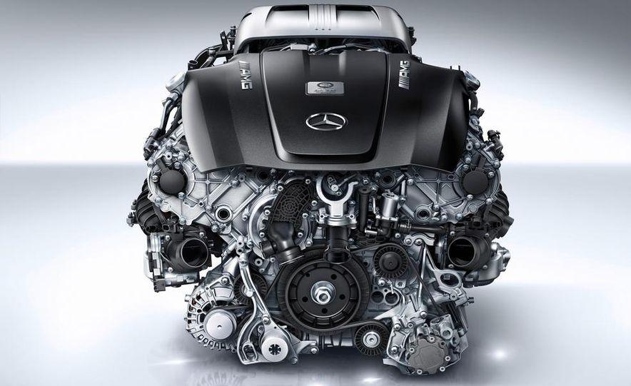 2016 Mercedes-AMG GTS twin-turbocharged 4.0-liter V-8 engine cutaway - Slide 1