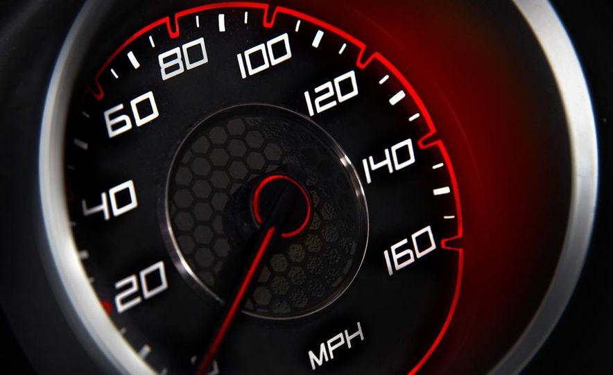 2015 Dodge Charger R/T - Slide 50