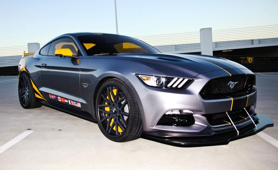 Ford F-35 Lightning II Edition Mustang - Slide 1