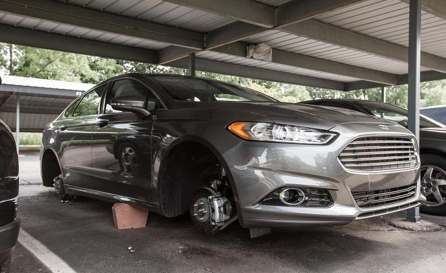 2014 Ford Fusion Titanium 2.0L EcoBoost AWD - Slide 1