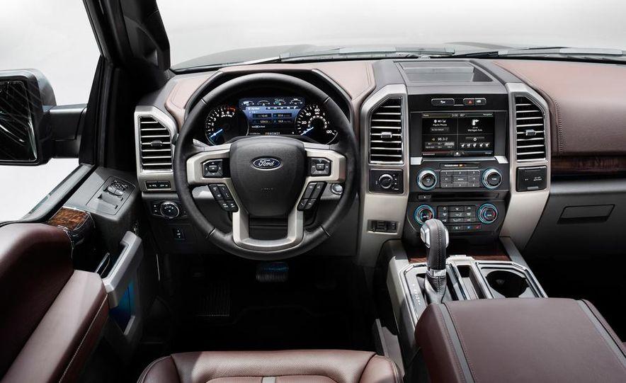 2015 Ford F-150 2.7L EcoBoost Crew Cab 4x4 - Slide 14