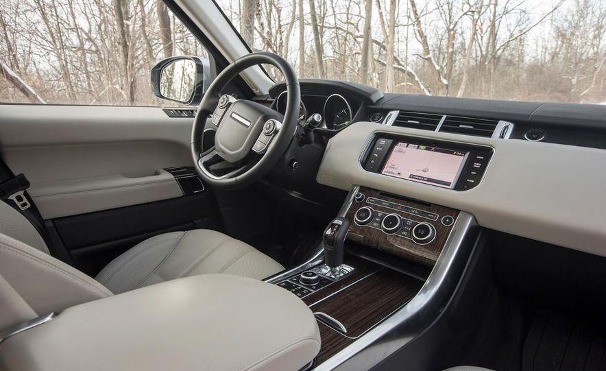 2015 Land Rover Range Rover SVR - Slide 37