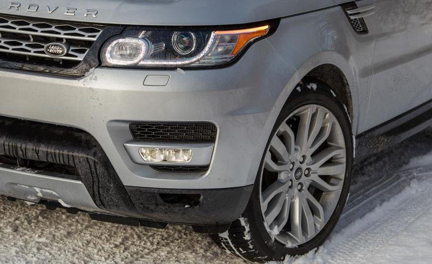 2015 Land Rover Range Rover SVR - Slide 29