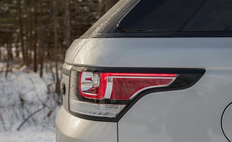 2015 Land Rover Range Rover SVR - Slide 33