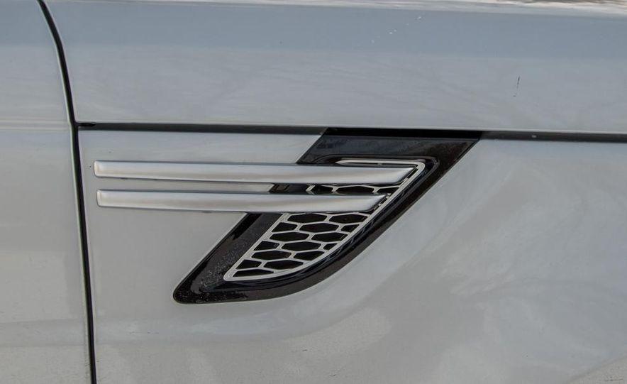2015 Land Rover Range Rover SVR - Slide 35