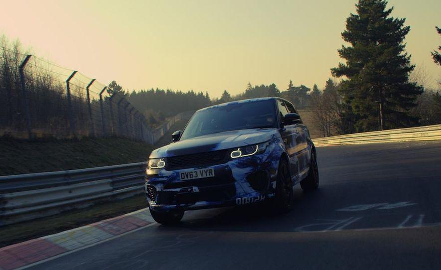 2015 Land Rover Range Rover SVR - Slide 2