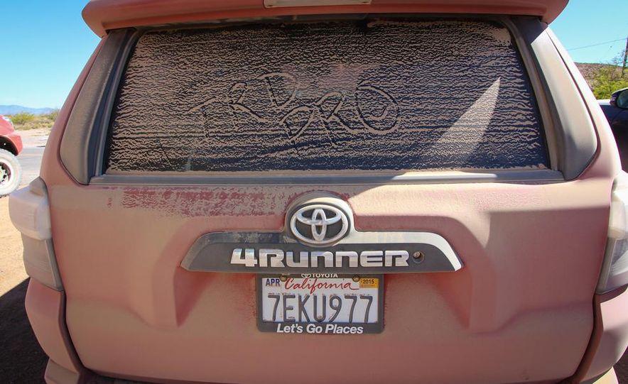 2015 Toyota 4Runner TRD Pro Series - Slide 4