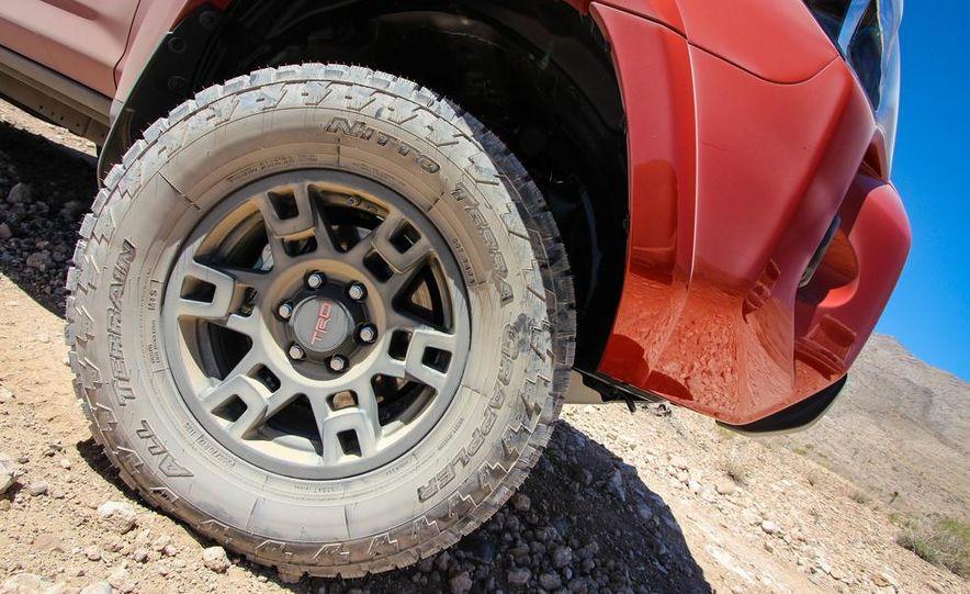2015 Toyota 4Runner TRD Pro Series - Slide 6