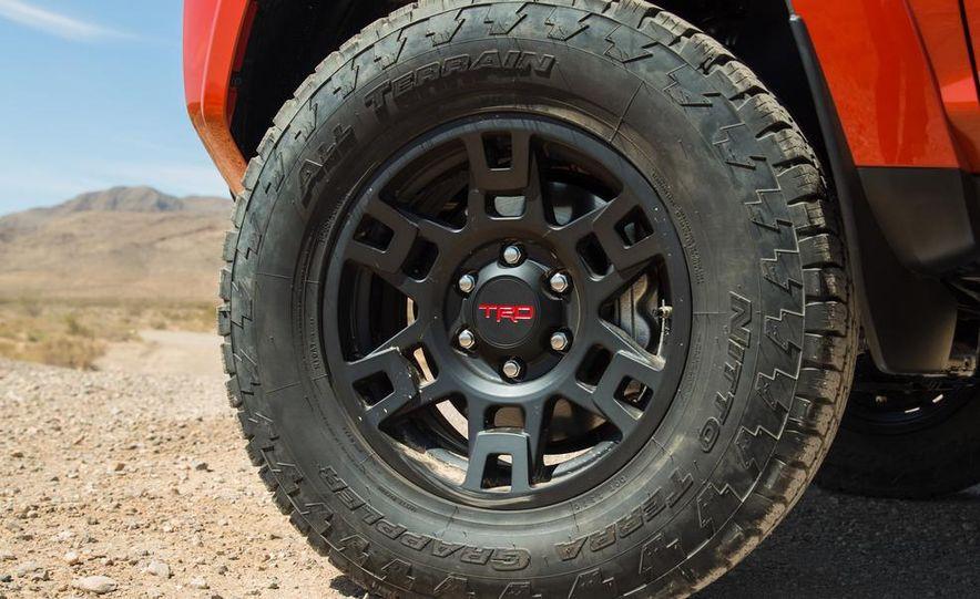 2015 Toyota 4Runner TRD Pro Series - Slide 21