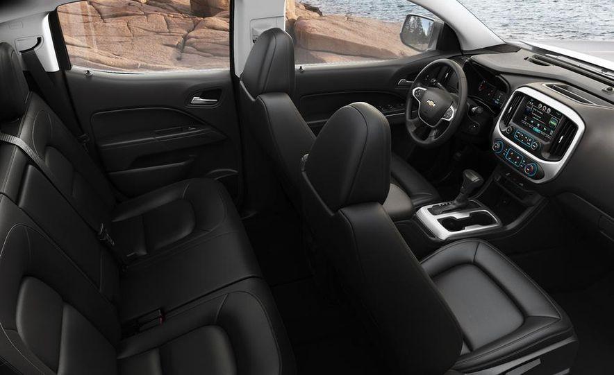 2015 Chevrolet Silverado 3500 HD LTZ, 2015 Chevrolet Colorado Z71, and 2015 Chevrolet Silverado 1500 LTZ Z71 - Slide 25