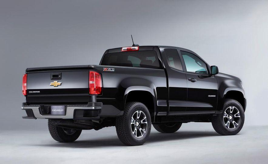 2015 Chevrolet Silverado 3500 HD LTZ, 2015 Chevrolet Colorado Z71, and 2015 Chevrolet Silverado 1500 LTZ Z71 - Slide 27