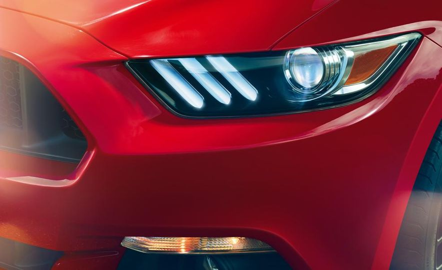 2016 Ford Mustang Shelby GT350 (spy photo) - Slide 40