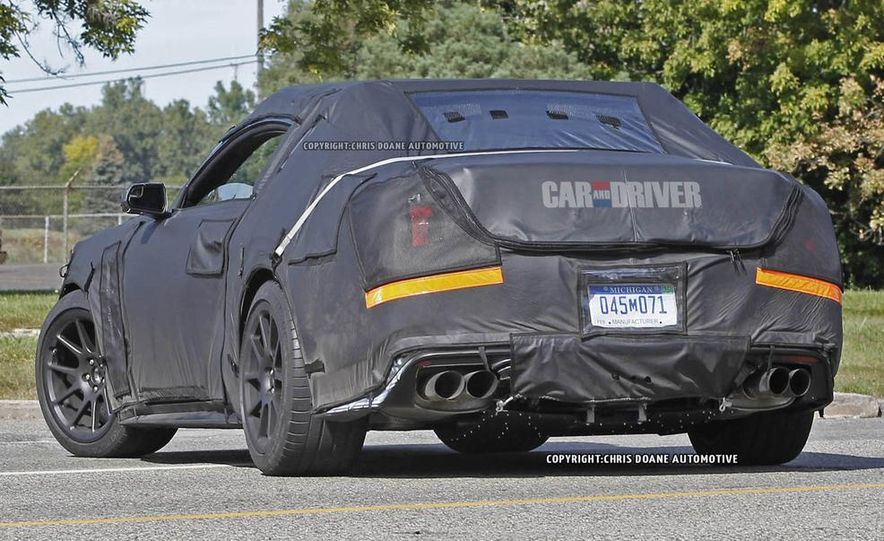 2016 Ford Mustang Shelby GT350 (spy photo) - Slide 21