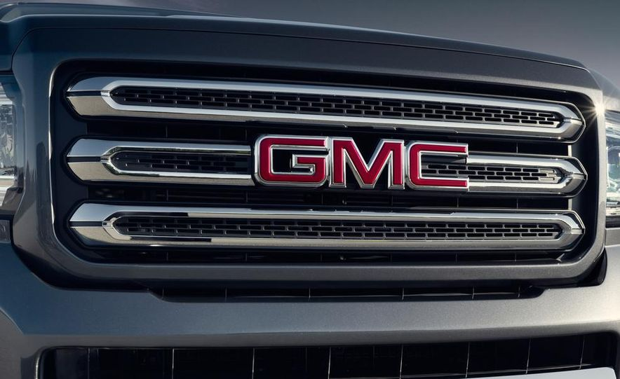 2015 GMC Canyon Crew Cab - Slide 9