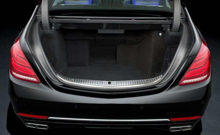 2015 Mercedes-Benz S600 Guard - Slide 10