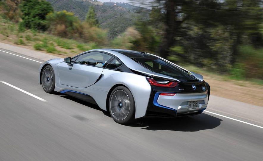 BMW i8 Concours d'Elegance Edition - Slide 34