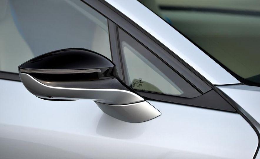 BMW i8 Concours d'Elegance Edition - Slide 61