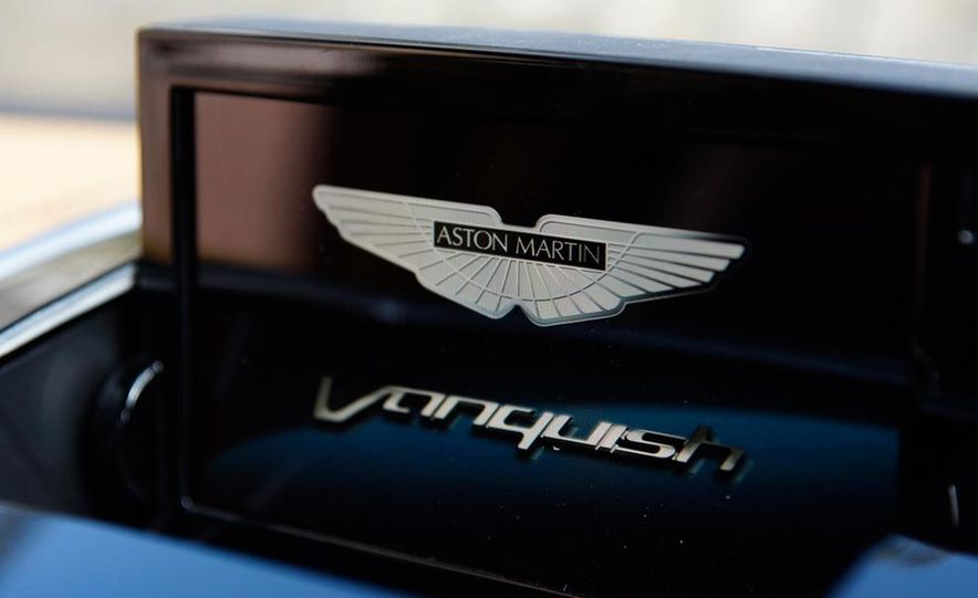 2015 Aston Martin Vanquish - Slide 20