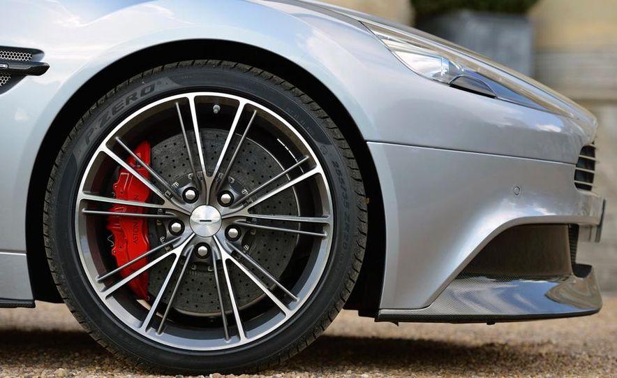 2015 Aston Martin Vanquish - Slide 5