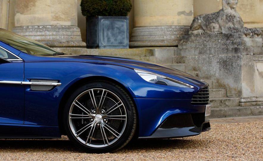 2015 Aston Martin Vanquish - Slide 16