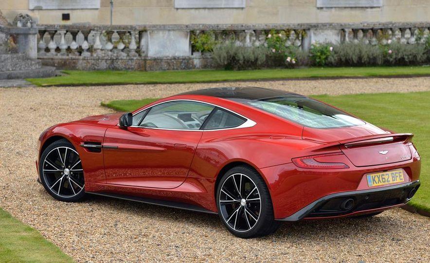 2015 Aston Martin Vanquish - Slide 25