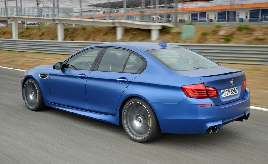2014 BMW M5 with Competition Package - Slide 2