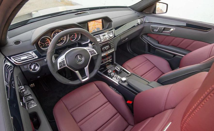 2014 BMW M5 with Competition Package - Slide 24