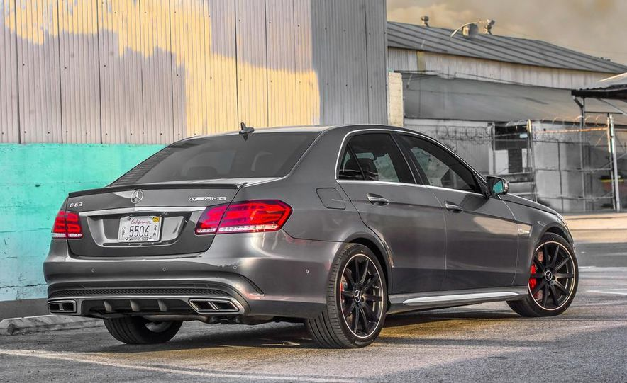 2014 BMW M5 with Competition Package - Slide 22